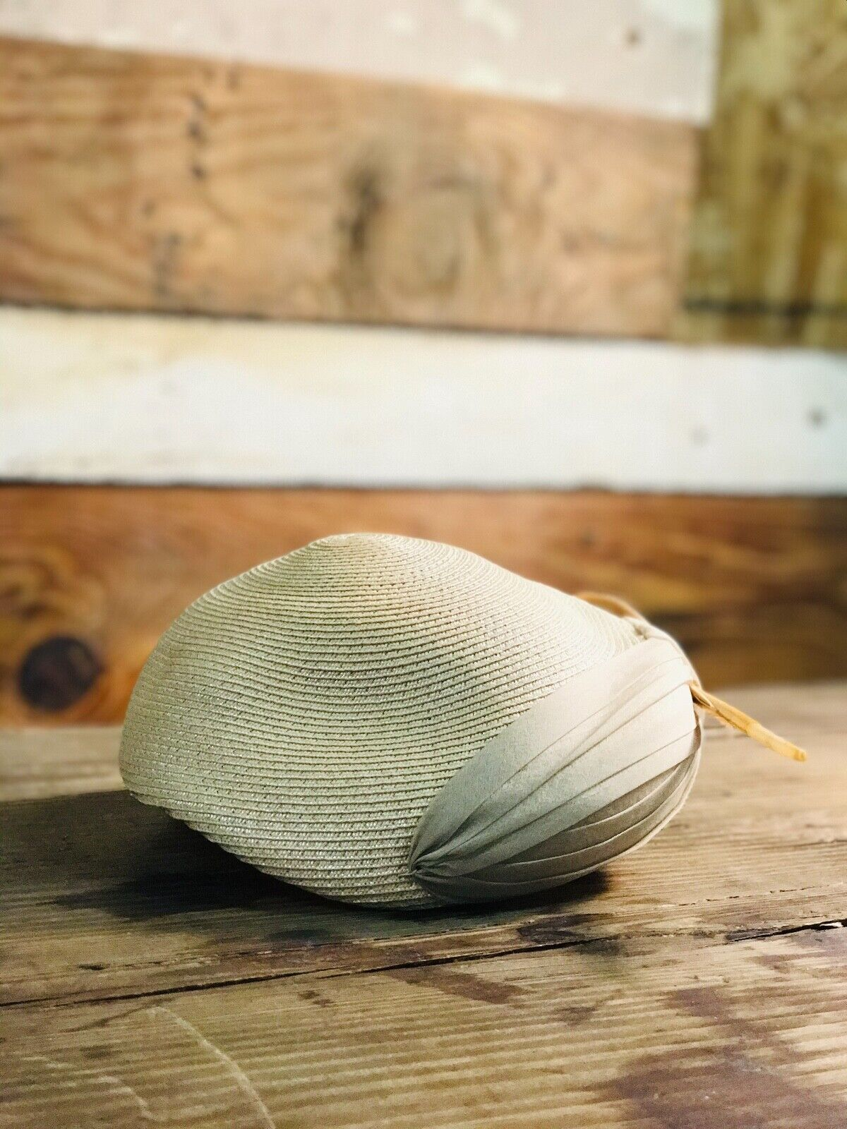 Vintage Womens Woven Wheat Straw Cap - image 2