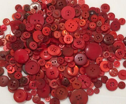 Red Buttons 100pcs Assorted Shades /& Sizes Bulk Lot Aussie Seller
