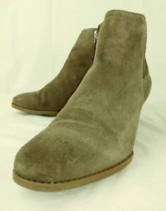 258636e8abd Franco Sarto WELTON Womens Ankle Booties US 8.5 M Brown Suede Wedge ...