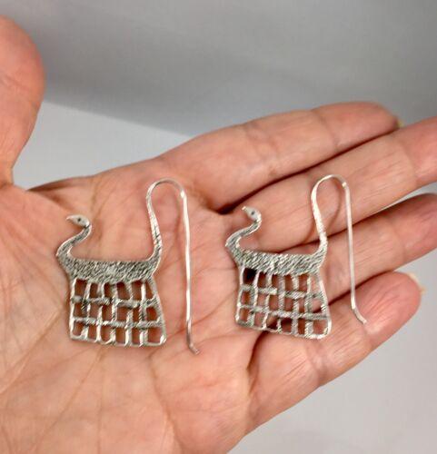 Inhabituel égyptien Style sterling silver bird Panier Dangle Earrings NEUF