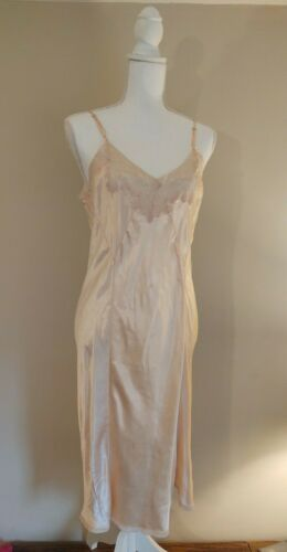 40's Vintage Rayon Silky Blush Pink Ivory Delicate