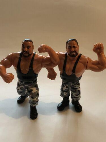 WWF//WWE Hasbro vintage action figures-Multibuy et affranchissement rabais!