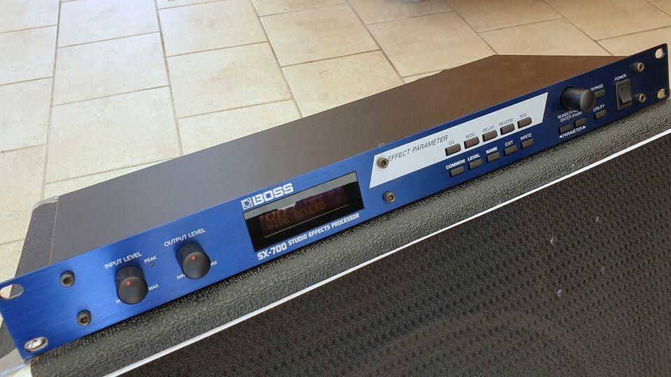 Effektprocessor, Boss SX-700