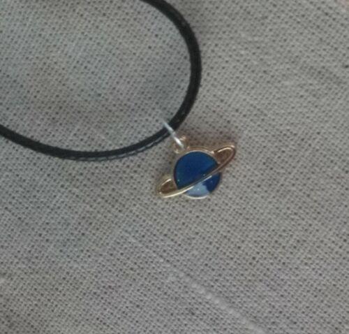 Cable De Cadena Collar Colgante de Saturno Planeta Regalo de Cumpleaños Azul Gota de Oro Brillo