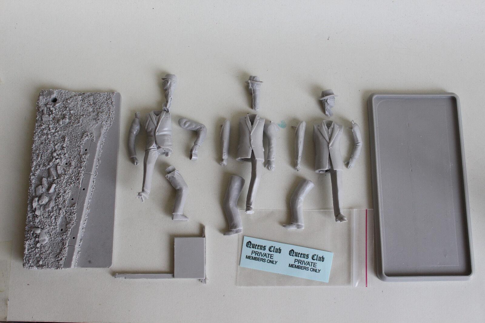 James Bond , K Three Bind Mice (DN) 75mm Kit Down to scale ICON Figure.