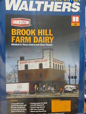 Walthers HO #933-3010 Brook Hill Farm Dairy -- Kit (Plastic)