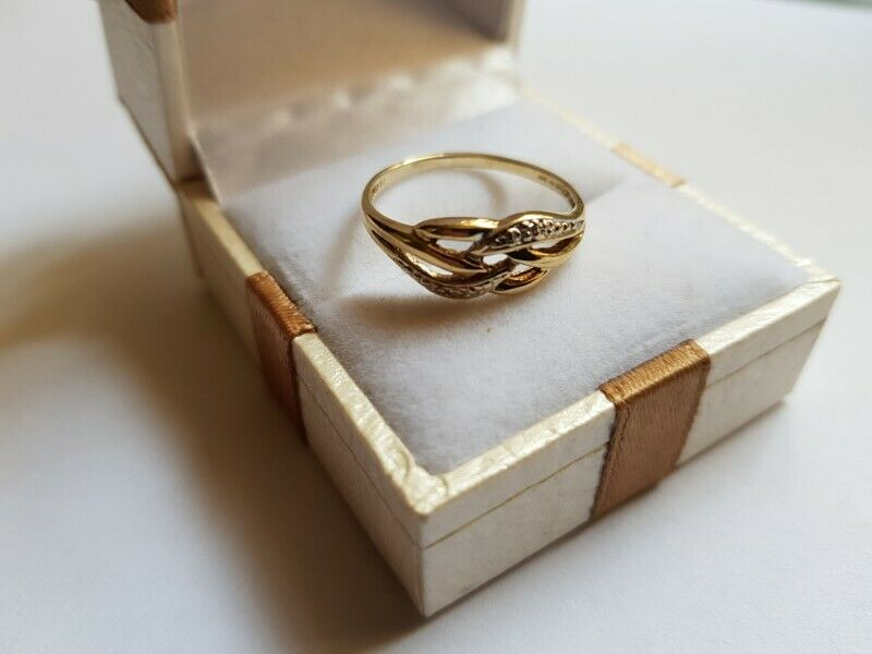 A113 9k Gold Cut Outs Ring