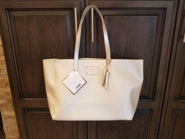 Michael Kors Gold Glamorous Tote Bag Purse Weekender Shopping Travel ... f0c471800bdc8