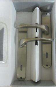 Maniglia-doppia-x-porta-placca-foro-chiave-90-in-metallo-pressofuso-satinato-156