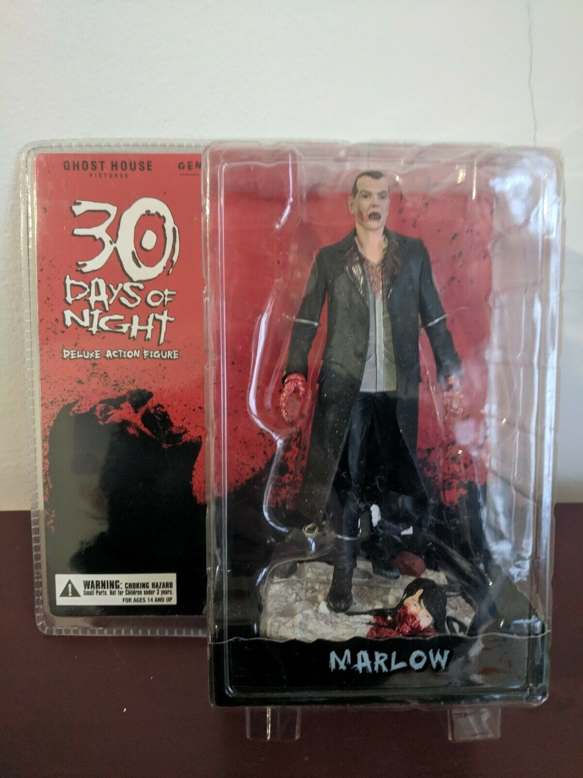 30 Days Of Night Deluxe Action Figure Marlow. New. Fast Shipping.