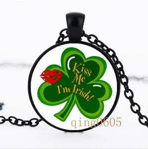 KISS ME I /'M IRISH trois dôme en verre noir chaîne collier pendentif en gros