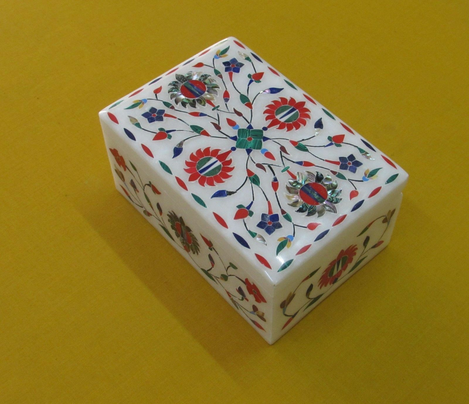 Marble Jewelry Box floral Inlay work semi precious Stones home Decor gifts