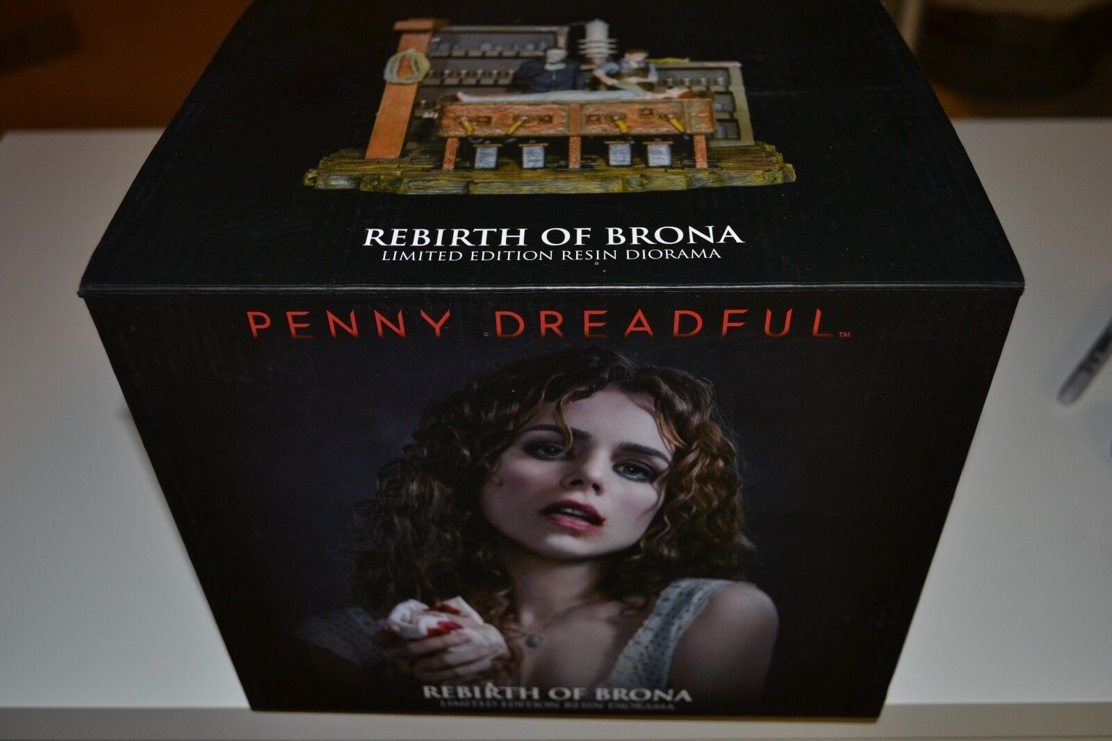 NEW RARE USAopoly Penny Dreadful Rebirth Of Brona Diorama Gothic COA 220/500