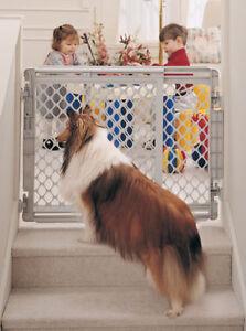 North-States-Walk-Thru-Stairway-Pet-Dog-Gate-NS8679