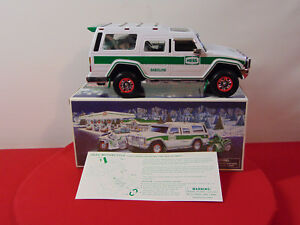 2004-HESS-SPORT-UTILITY-VEHICLE-AND-MOTORCYCLES-NIB