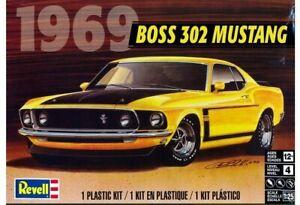 Revell-Monogram-4313-1969-Ford-Boss-302-Mustang-Fastback-plastic-model-kit-1-25