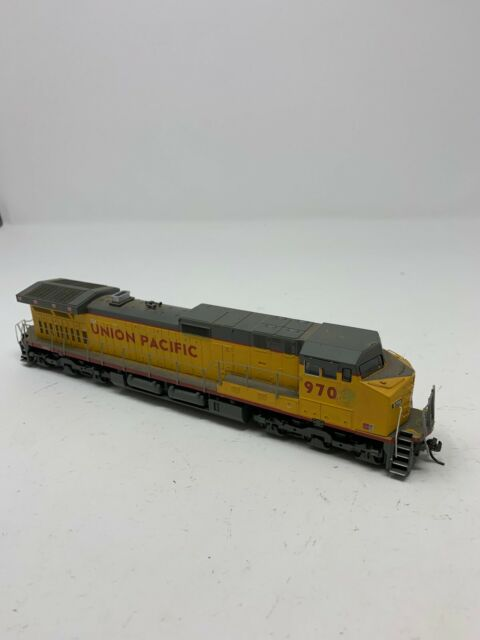 HO Scale Athearn 80889 UP Union Pacific Dash 9-44CW Diesel Locomotive #9708 D7