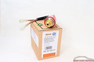 URO 0048206810A A//C Refrigerant Temperature Sensor