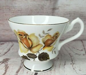Vintage-Finest-Bone-China-Royal-Imperial-C-Made-In-England-Tea-Cup-No-Saucer