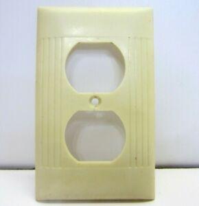 Used Vintage Sierra Bakelite Ivory Ribbed Outlet Plate Cover USA Made crack