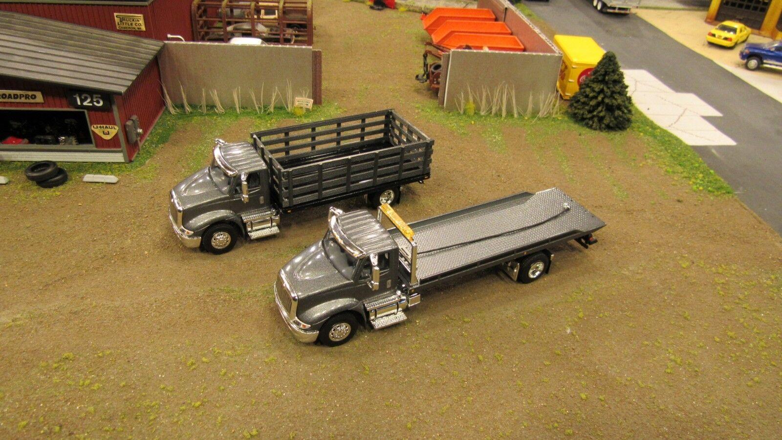 venta Lote de 2 gris Speccast ih 8600 Semi Semi Semi Estaca Bed & reversión Grúa Remolque Camión's 1 64   tiempo libre