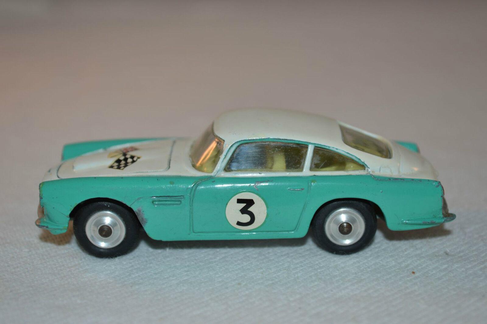 Corgi Toys  309 Aston Martin D.B.4 Competition model excellent plus condition  très populaire