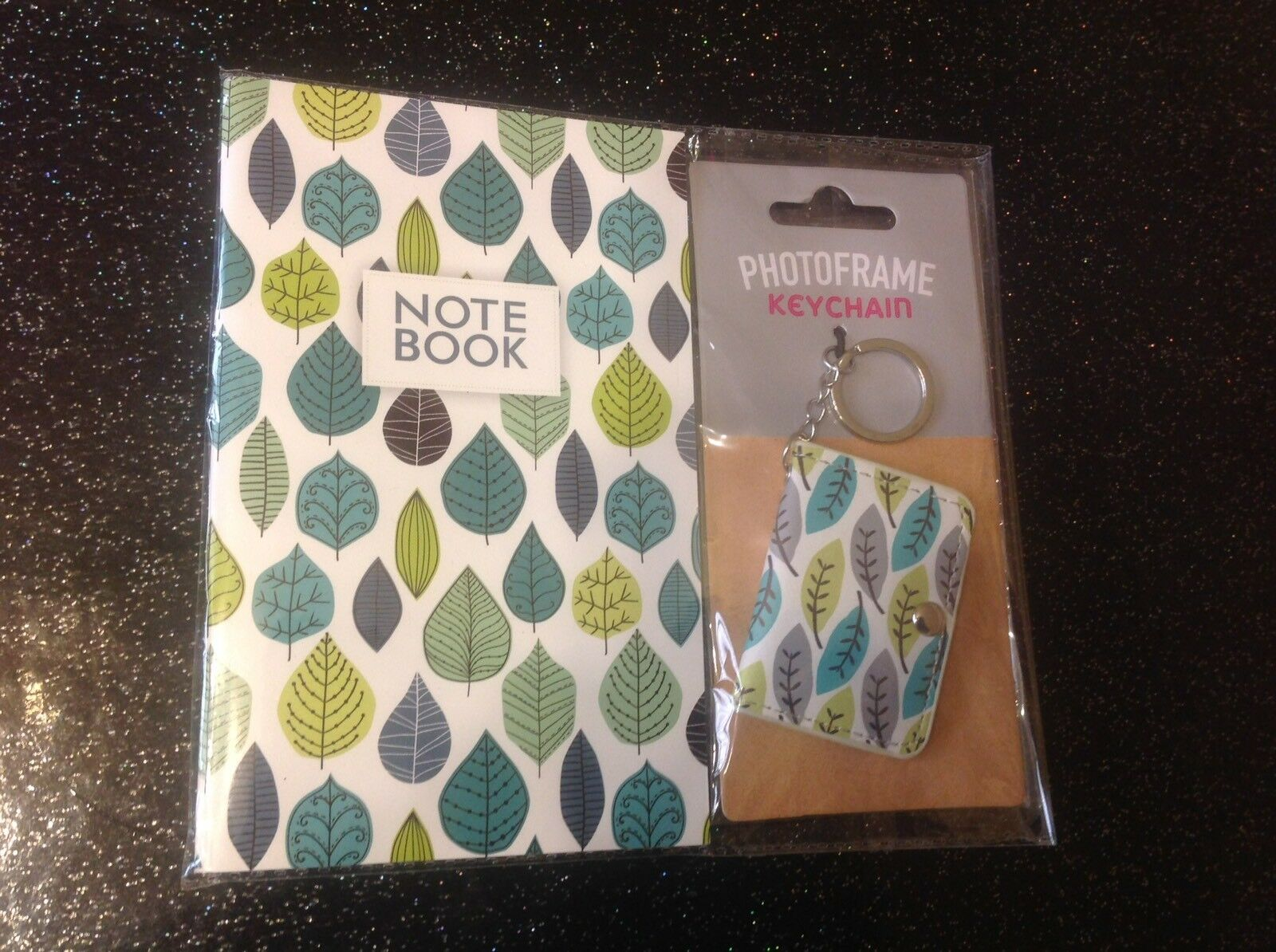 Retro Rockabilly 50's Atomic Leaf Notebook +Photo Frame Keyring 2 Piece Gift Set