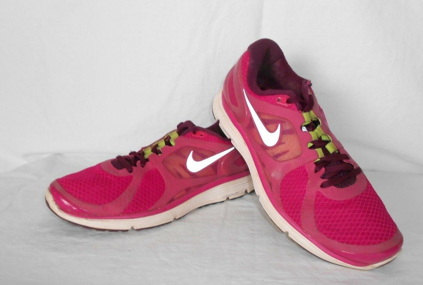 Women's Nike Lunareclipe 2 Pink Athletic Sneakers Comfortable Seasonal clearance sale