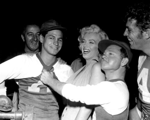 MARILYN MONROE /& MICKEY ROONEY @ HOLLYWOOD ENTERTAINERS GAME 8X10 PHOTO DA-101