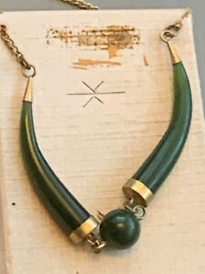 Vintage-Necklace-Green-Stone-Maybe-Jade