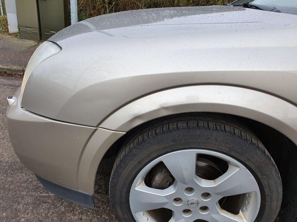 opel vectra 1,8 16V Comfort 122 HK Sedan