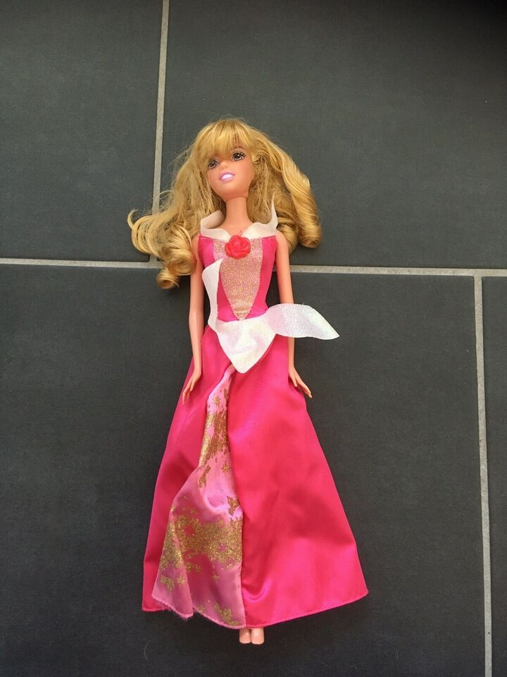 Barbie, Disney Tornerose