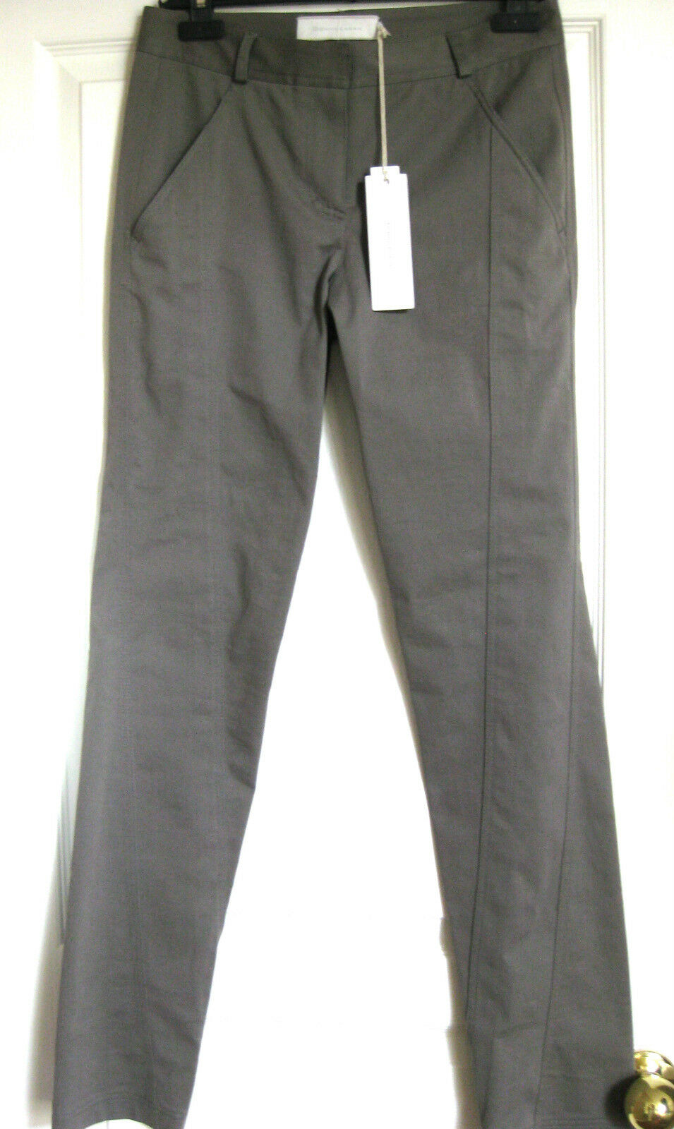 women KARAN COLLECTION  Casual Luxe (white label) Pant size 4 NWT