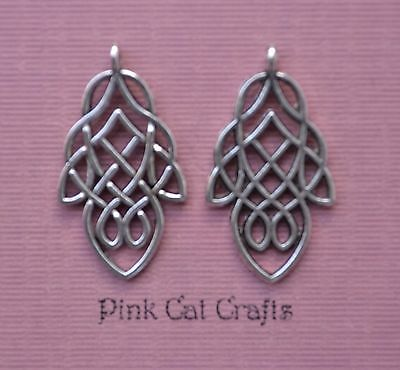 10 x Tibetan Silver CELTIC LEAF KNOT 3D Charms Pendants Beads