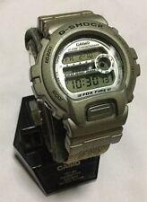 VINTAGE CASIO G-SHOCK 1449 DW-6900 ALARM CHRONOGRAPH LCD WATCH. S