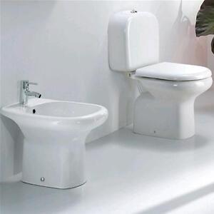 Vaso monoblocco con sedile bidet e meccanismo sanitari bagno in ...