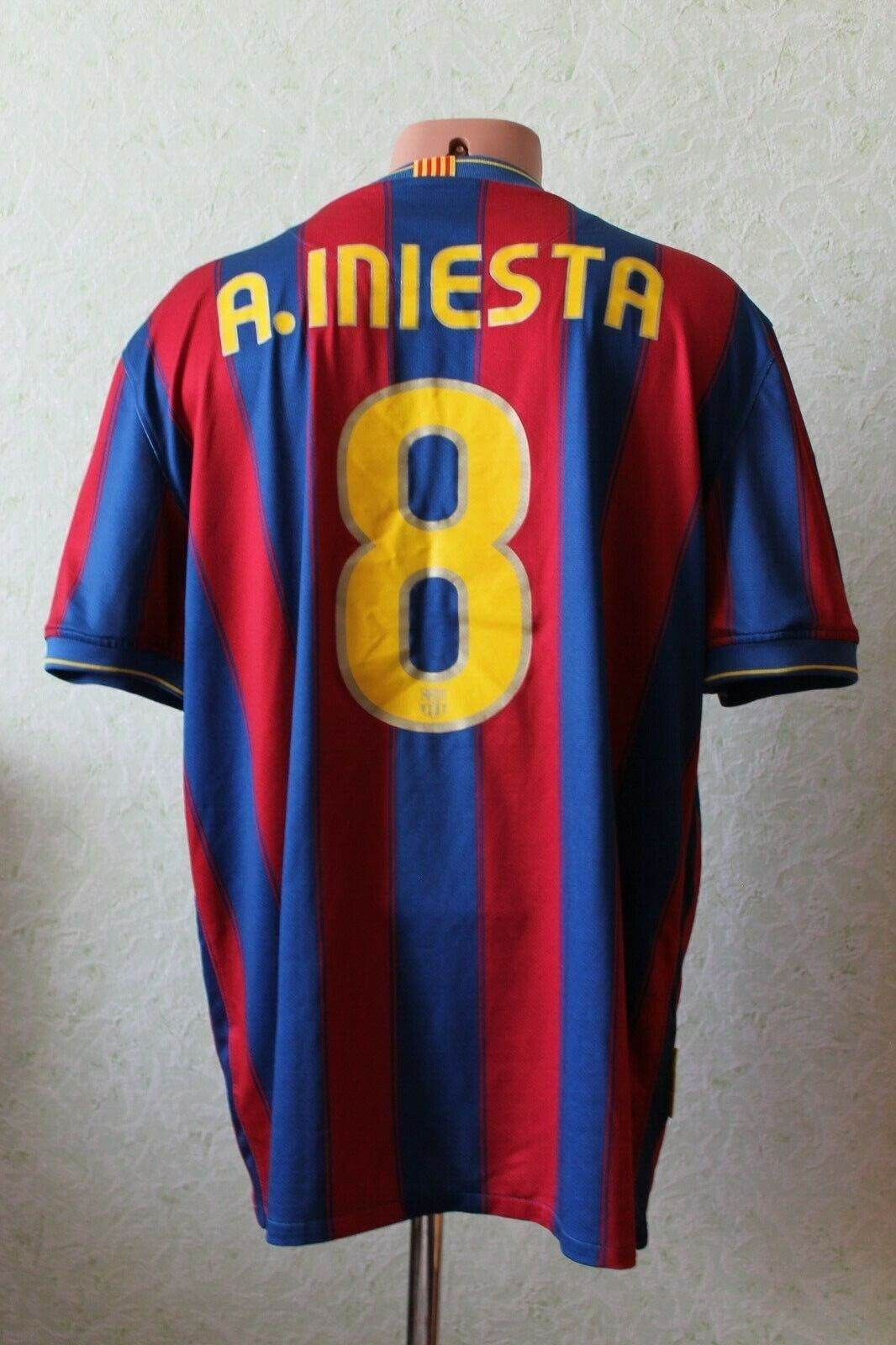 Barcelona Football Shirt Jersey Camiseta Soccer 2009 2010 Home A.Iniesta (XL)