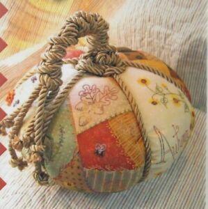PATTERN-Patchwork-Pumpkin-fun-stitchery-sewing-accessory-PATTERN