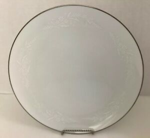 Noritake-Japan-Georgian-White-With-Design-Dinner-Plate-W-Silver-10-1-2-Round