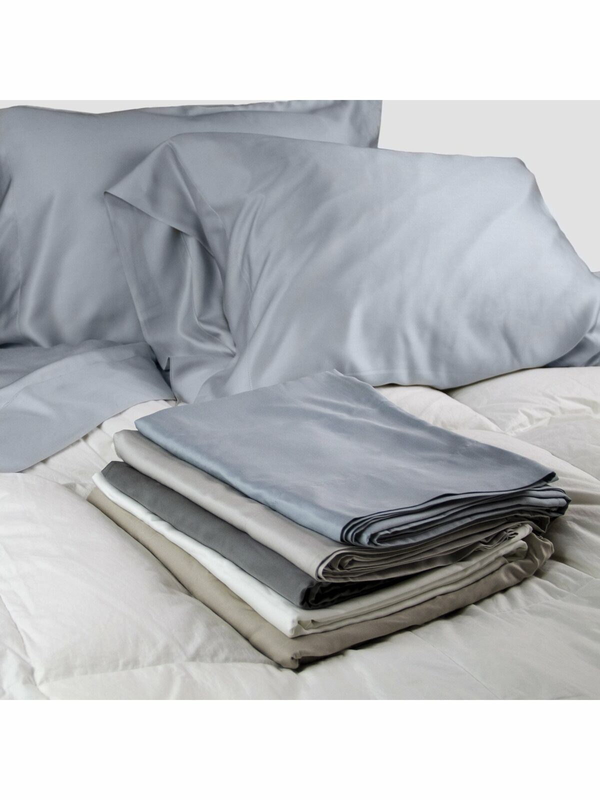 100% Sateen Bamboo Sheets Set--Pillow cases, Top Sheet, and Fitted Sheet by W...