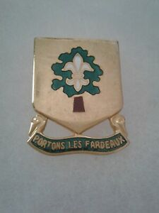 Authentic-US-Army-1st-Supply-amp-Transport-Battalion-DI-DUI-Unit-Crest-Insignia-9M