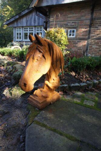 filigrane Skulptur Dekoration für Garten und Mauern Pferdekopf aus Eisen