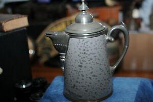 Vintage-Graniteware-Enamelware-Coffee-Pot-Teapot