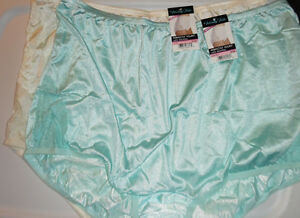 2 Vanity Fair Brief Panty Nylon Lace Nouveau Perfectly Yours 10 3x Blue Yellow