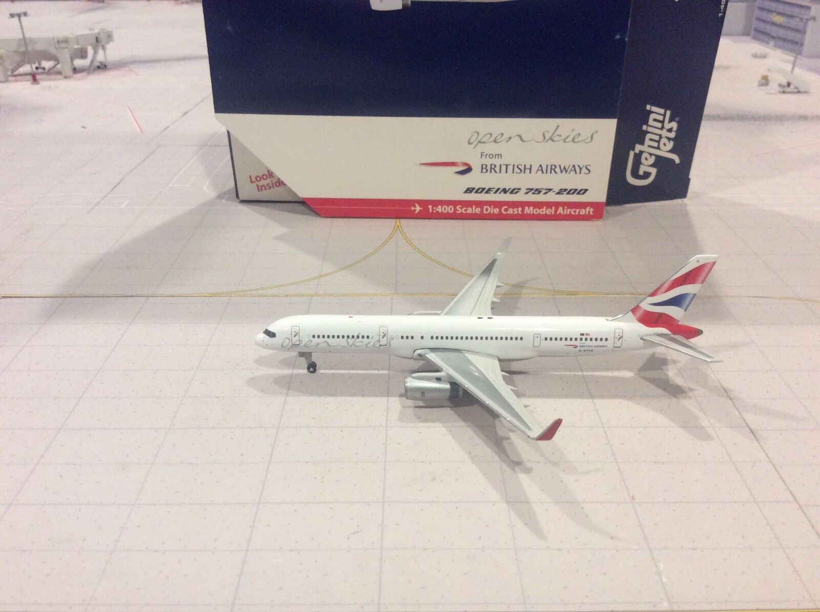 NIB 1//400 Scale MIB Gemini Jets GJBAW022 British Airways B757-200 w//Reg