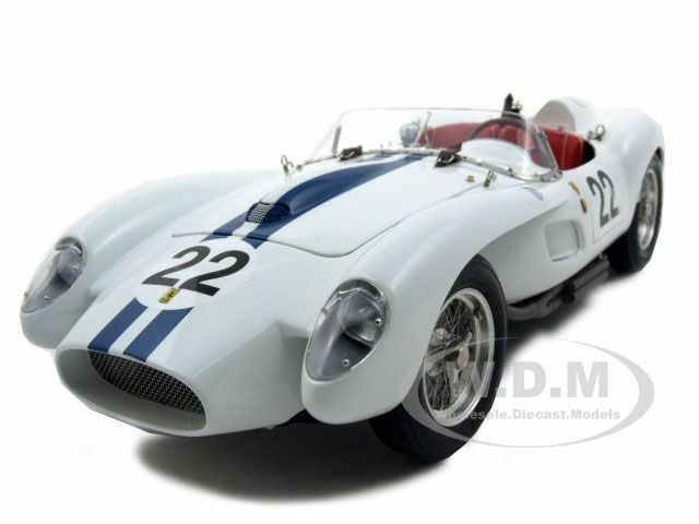 1958 FERRARI 250 TESTA ROSSA PONTOON  22 1/18 DIECAST MODEL CAR BY CMC 080