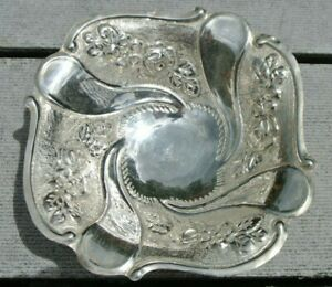 Vintage-Greek-EPT-XEIPOE-925-Sterling-Silver-Floral-Repousse-Candy-Nut-Bowl