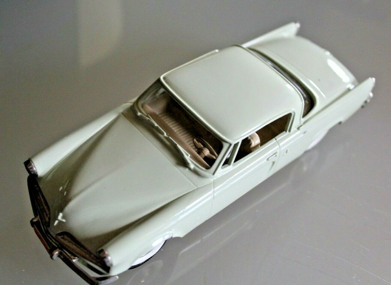 Brooklin Models 1 43 Studebaker Starliner 1953 N° 32 Box