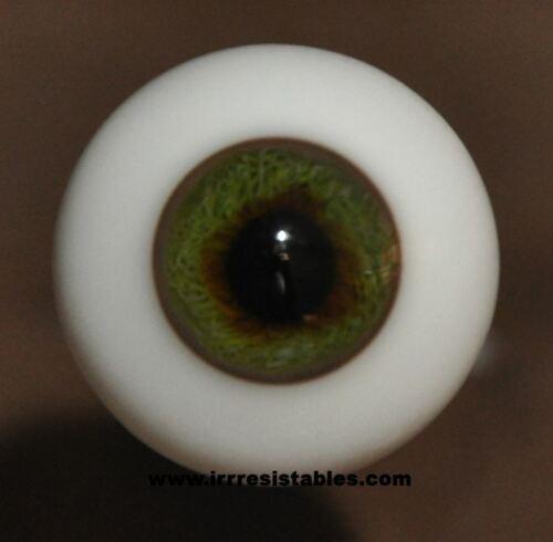 Gray Green #5 German Glass Eyes Full Round 20mm