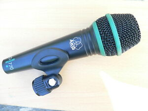 AKG-D770-microphone-support-clip